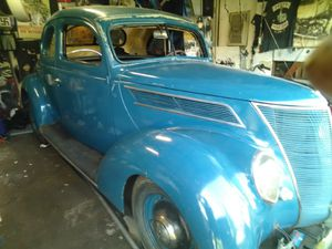 1937 Ford buniess coupe clean title for Sale in Citrus Heights, CA