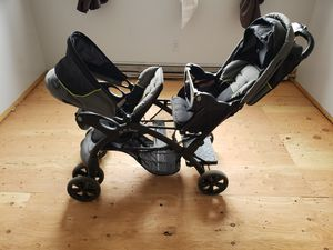 Double stroller for Sale in Jersey City, NJ