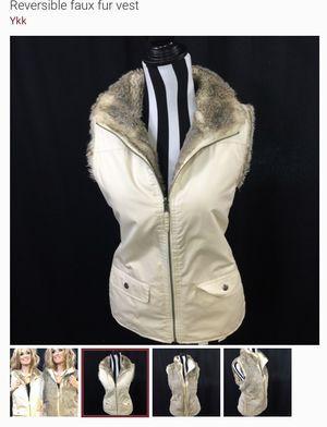 Faux fur reversible vest for Sale in Ruskin, FL