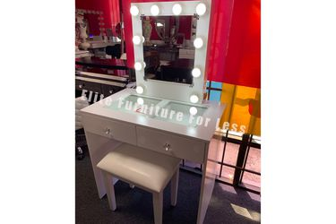 White Vanity Set for Sale in National City,  CA