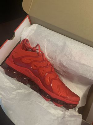 Nike Air vapormax plus for Sale in Warrensville Heights, OH