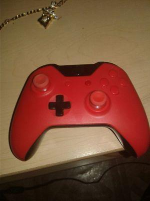 Custom bred Xbox one remote for Sale in Detroit, MI
