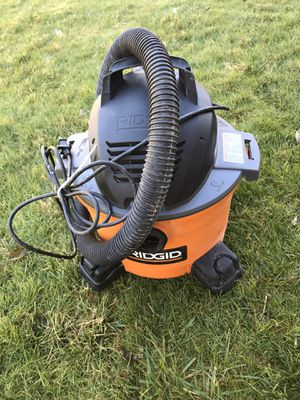 Ridgid 6 Gallon 3.5 HP Wet Dry Shop Vacuum for Sale in Blue Bell, PA