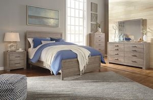 Ashley Furniture Queen Panel Bed for Sale in Santa Ana, CA