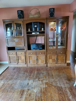 3 Piece Wood Wall Unit for Sale in Woodland Park, NJ