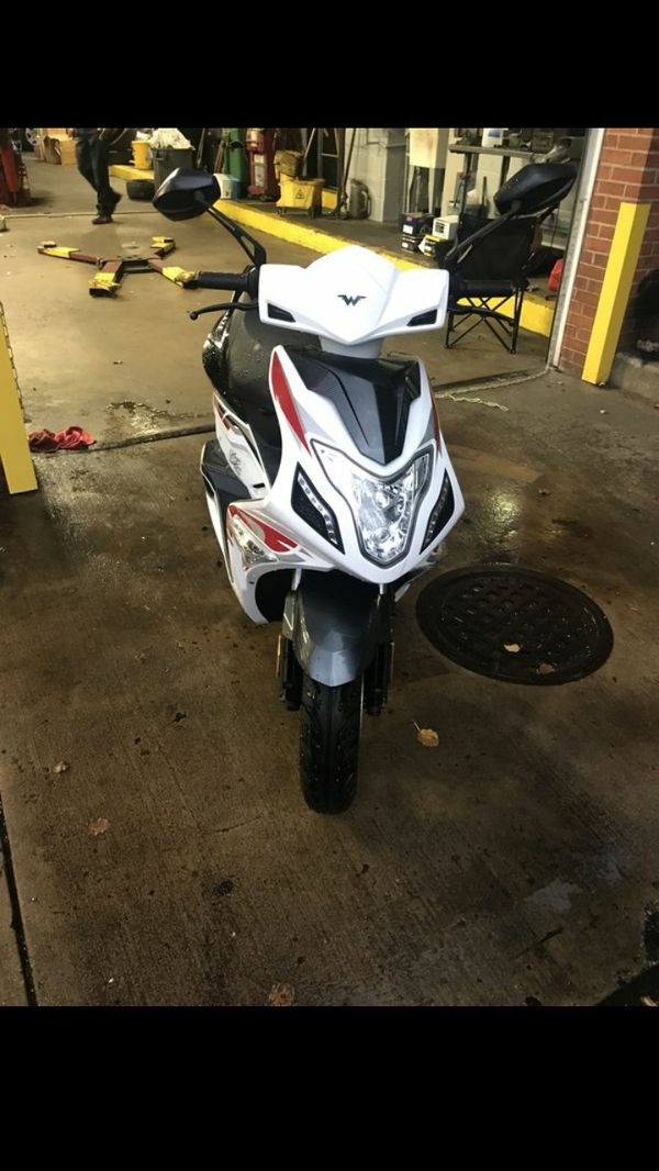 2018 Wolf Blaze Moped Scooter