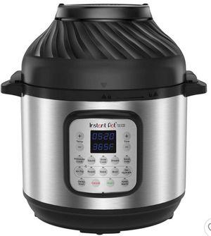 Instant Pot 8qt Duo Crisp Combo Pressure Cooker Air Fryer . for Sale in Rancho Cucamonga, CA