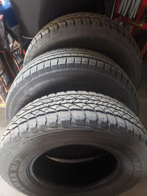 3 LT225/75/16 TIRES for Sale in Chicago, IL