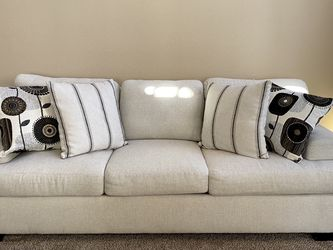 Couch And Loveseat Set for Sale in Redwood City,  CA