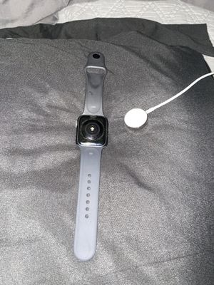 Sprint Apple Watch Series 4 44MM LTE for Sale in Fullerton, CA