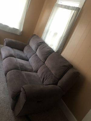 EZ recliner couch . for Sale in Bangor, ME