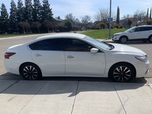 2018 Nissan Altima for Sale in Tracy, CA