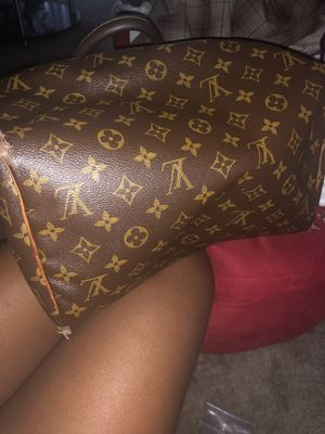 Louis Vuitton bag for sale for Sale in Baltimore, MD