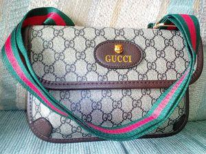 GUCCI WAIST SHOULDER CROSSBODY BELT BAG 493930 for Sale in Houston, TX