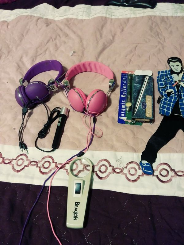 Head phones for cell, Elvis Presley clock antique pens, a singing microphone