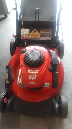 Troy Bilt 550EX 21 Inch Push Mower Like New for Sale in Davenport, FL