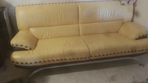 Couch for Sale in Mount Prospect, IL