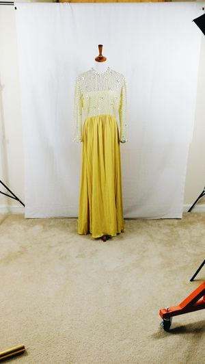 Vintage Victoria Royal Dress for Sale in Murfreesboro, TN