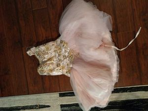 Extravagant Dress for Sale in Friendswood, TX