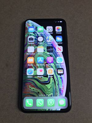 iPhone XS Max factory unlocked mint condition 512 GB everything works perfectly for Sale in Plantation, FL