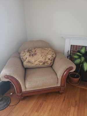 Couch and love seat for Sale in Bristol, CT