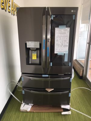 LG Brand New Black Stainless Steel Smart Refrigerador Instaviu With Chosecase on the Door No Credit Needed Just $39 The Down payment Cash price $2,500 for Sale in Garland, TX