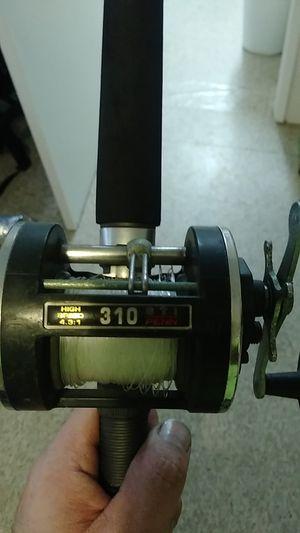 Pen powerstick w/ pen 310 baitcaster for Sale in Lake Worth, FL