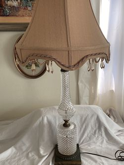 Beautiful Vintage Glass Cut Table Lamp for Sale in Lehigh Acres,  FL