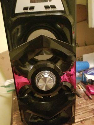 Bluetooth speaker for Sale in Alexandria, VA
