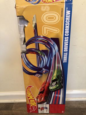 HOME / CATEGORY07 Hot Wheels Throwback Thrill Drivers Corkscrew Track Set for Sale in Stone Mountain, GA