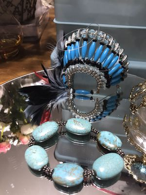 Pretty! Turquoise Stone Stretch Bracelet with silver detailing for Sale in Gainesville, VA