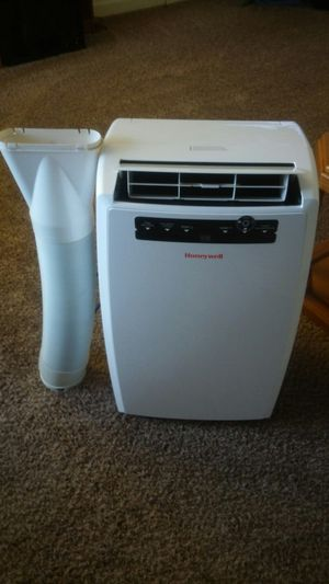 HoneyWell air conditioner/dehumidifier. for Sale in Longview, WA