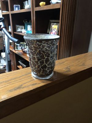 Brown and Gold Hurricane vase/candle holder for Sale in Elgin, IL