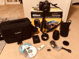 Nikon D 3200 Camera with 2 lenses for Sale in Galveston, TX