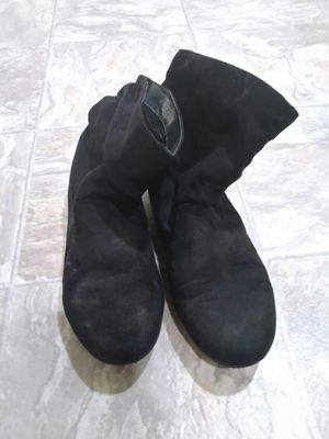 Plain black boots for Sale in Menahga, MN