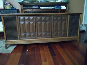 Vintage record player console for Sale in East Los Angeles, CA