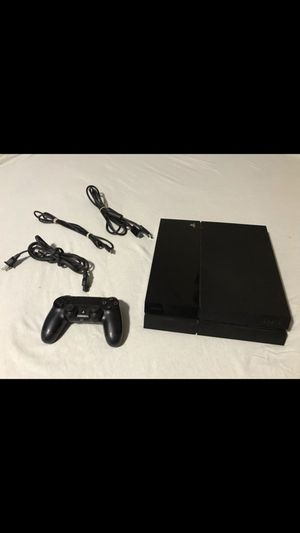 PS4 and Controller for Sale in Everett, WA