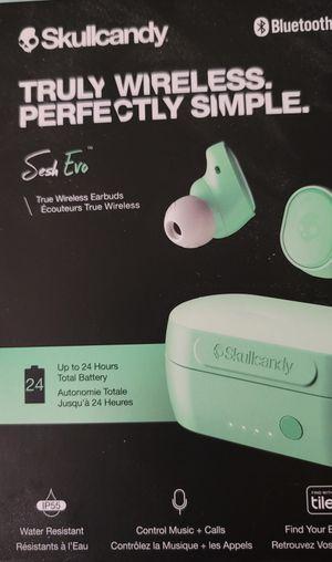 Skullkandy ear buds for Sale in Utica, MI