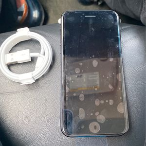 iPhone SE 2020 for Sale in Merchantville, NJ