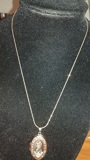 Necklace gold 14k for Sale in Silver Spring, MD