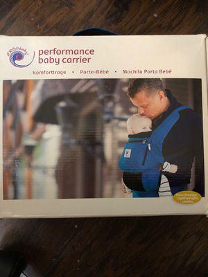 Ergo baby performance carrier for Sale in Lynwood, CA
