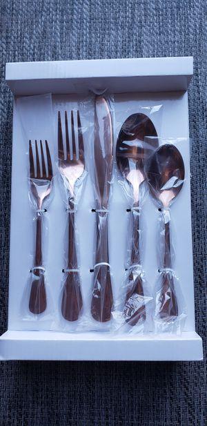 (NEW) Rose Gold Silverware Set, Copper Stainless Steel Flatware, Anti-rust Cutlery 20 Pieces Kitchen Utensil Antique Copper Mirror Finish for Sale in Phoenix, AZ