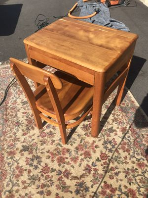 Child's Desk and Chair - Solid Maple for Sale in Holly Springs, NC
