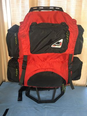"Hiking/camping ""teenager's backpack"" Coleman PEAK 1 for Sale in West Springfield, VA"