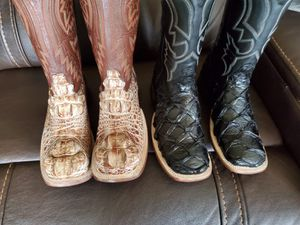 Botas de pes for Sale in Alvarado, TX