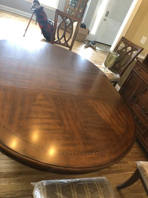 Dining room / kitchen table set for Sale in Lugoff, SC