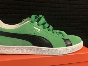 *NEVER WORN* Puma Suede Low Sz11 / Green/Blk/White for Sale in Stone Mountain,  GA