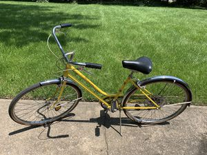 Bike Yellow & Black Women's for Sale in Beachwood, OH
