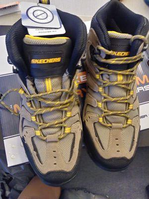 Size 8.5 Skechers Work Boots (Non-Steel Toe) for Sale in CASTLE SHANN, PA