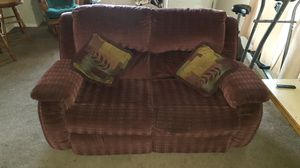 Free love seat and recliner sofas. for Sale in Hemet, CA